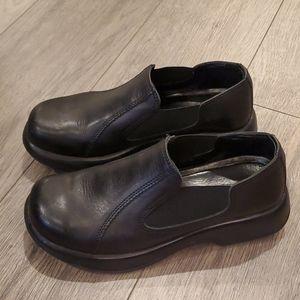 Womens Dansko Shoes Size 39